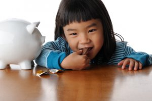 Four Innovative Ways to Show Your Kids How Money Grows