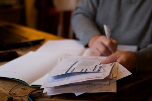 From Dave Ramsey to MINT — 5 Easy Tips for Organizing Your Bank Accounts and Bills