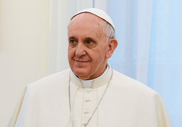 Pope Criticizes Economic Inequality and Disproportionate Earnings for the Rich